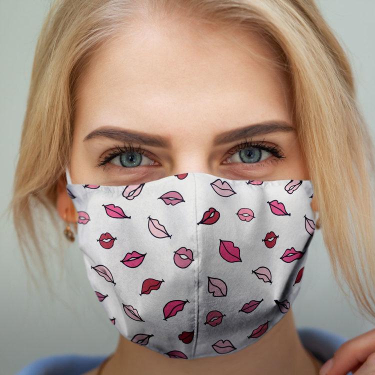 wzorzysta maseczka ochronna PINK KISS (M)